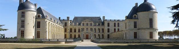 chateau Oiron (près de Thouars)